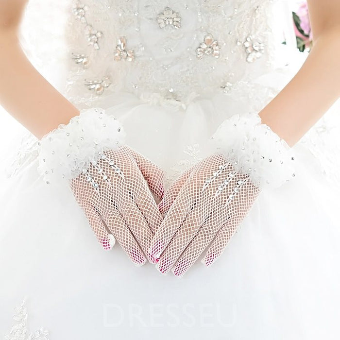 Ivory Finger Wedding Gloves With Bead