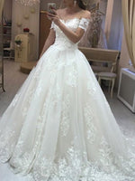 Court Appliques Floor-Length Short Sleeves Hall Wedding Dress