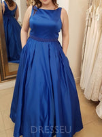 Plus Size Sleeveless Bateau Floor-Length Satin Prom Dress with Pockets