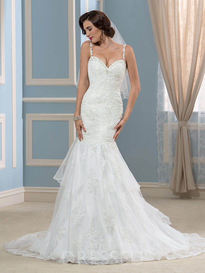 Sleeveless Court Trumpet/Mermaid Lace Wedding Dress