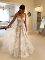 Floor-Length Sleeveless Spaghetti Straps Lace Beach Wedding Dress
