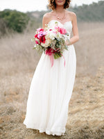 Floor-Length A-Line Sleeveless Sweetheart Beach Wedding Dress