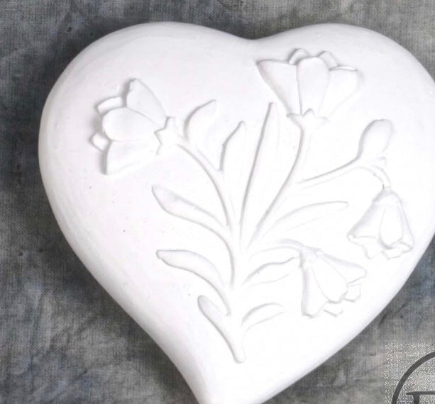 Floral Embossed White Hearrt
