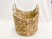 Load image into Gallery viewer, Wicker Basket with Wooden Handles