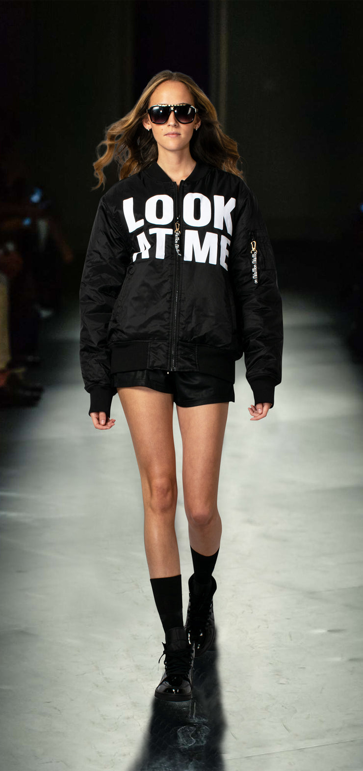 "Bomber Jacket ""Look at Me"" - black (model)"