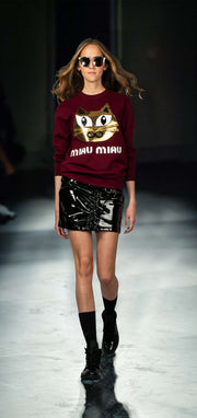"Sweatshirt ""Miau Miau"" - burgundy (model)"