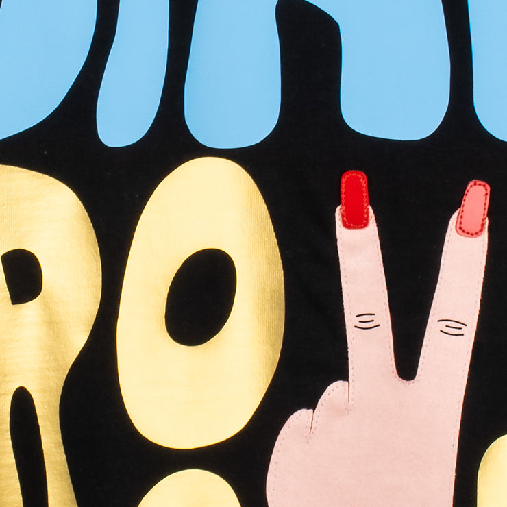 "T-Shirt ""Stay Groovy"" - black (detail)"