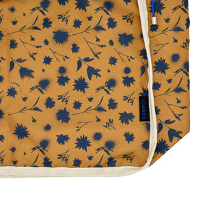 Umber Flower Spray Tote Cover