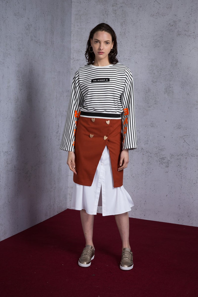 The winner is' Slogan Striped Crop Top - AMENPAPA Fashion