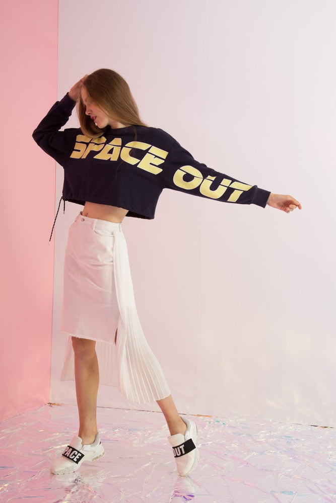 Space Out Printed Cropped Sweatshirt - AMENPAPA Fashion