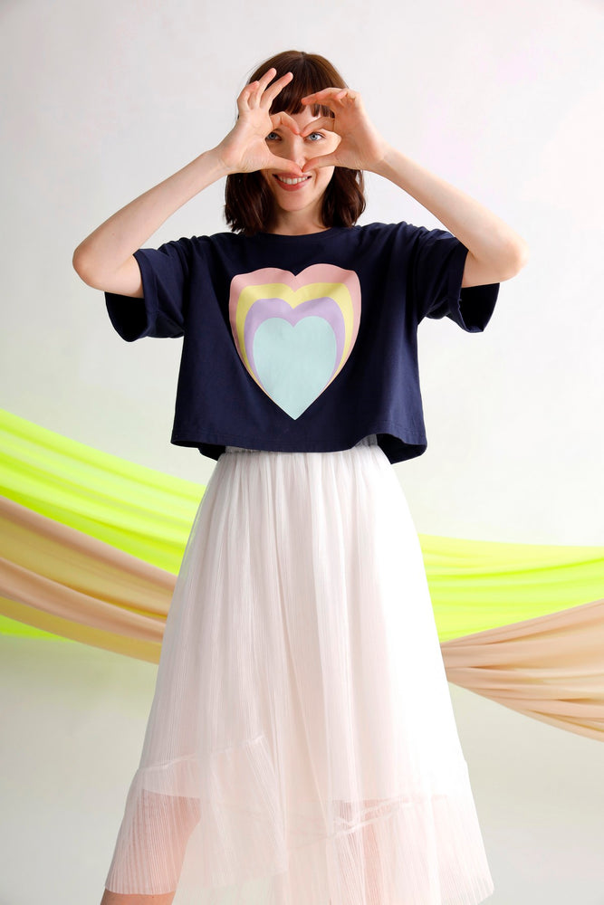Heart printed cropped tee