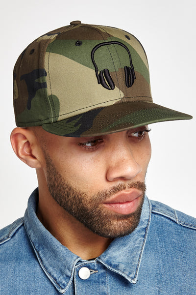 SOUNDOFF Headphones Snapback; Black Embroidery on Camo