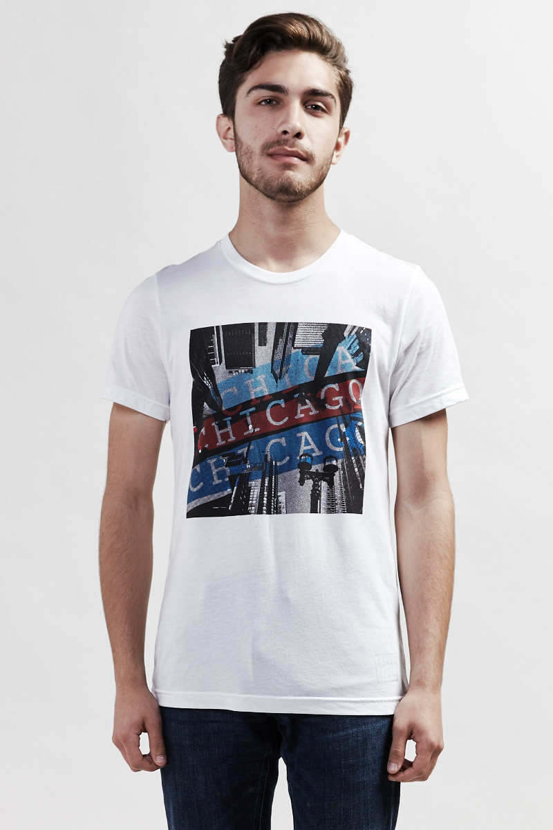 Downtown Chicago Backstage T-Shirt - white