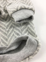 Après Ski Gray Hoodie - Close Up View of Arm and Waist. Gray and White Herringbone Hoodie