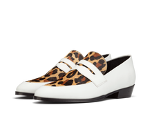 Load image into Gallery viewer, Loafer Deville - White/Leo - Everyday Hero