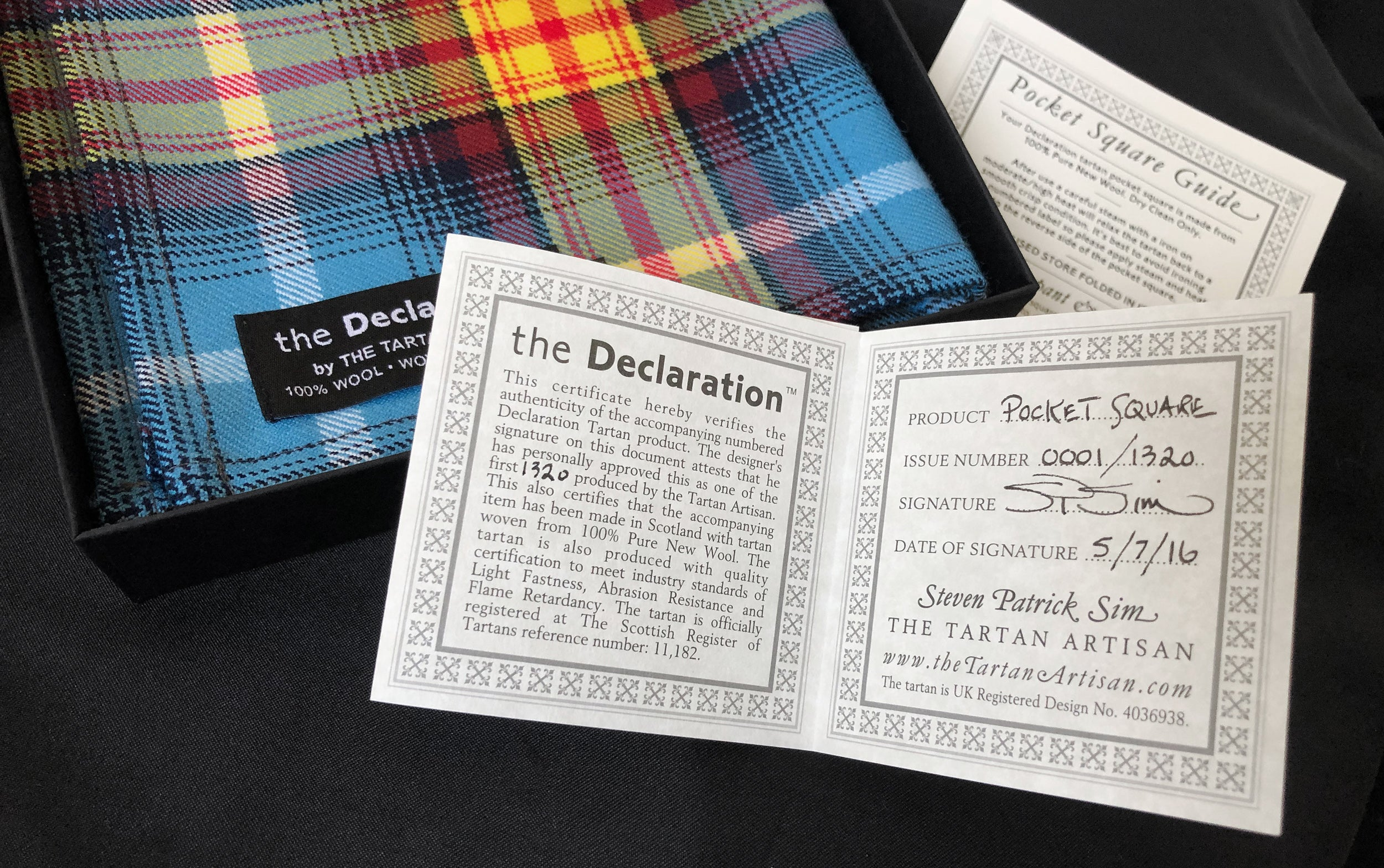 Certificated and numbered tartan Declaration Pocket square