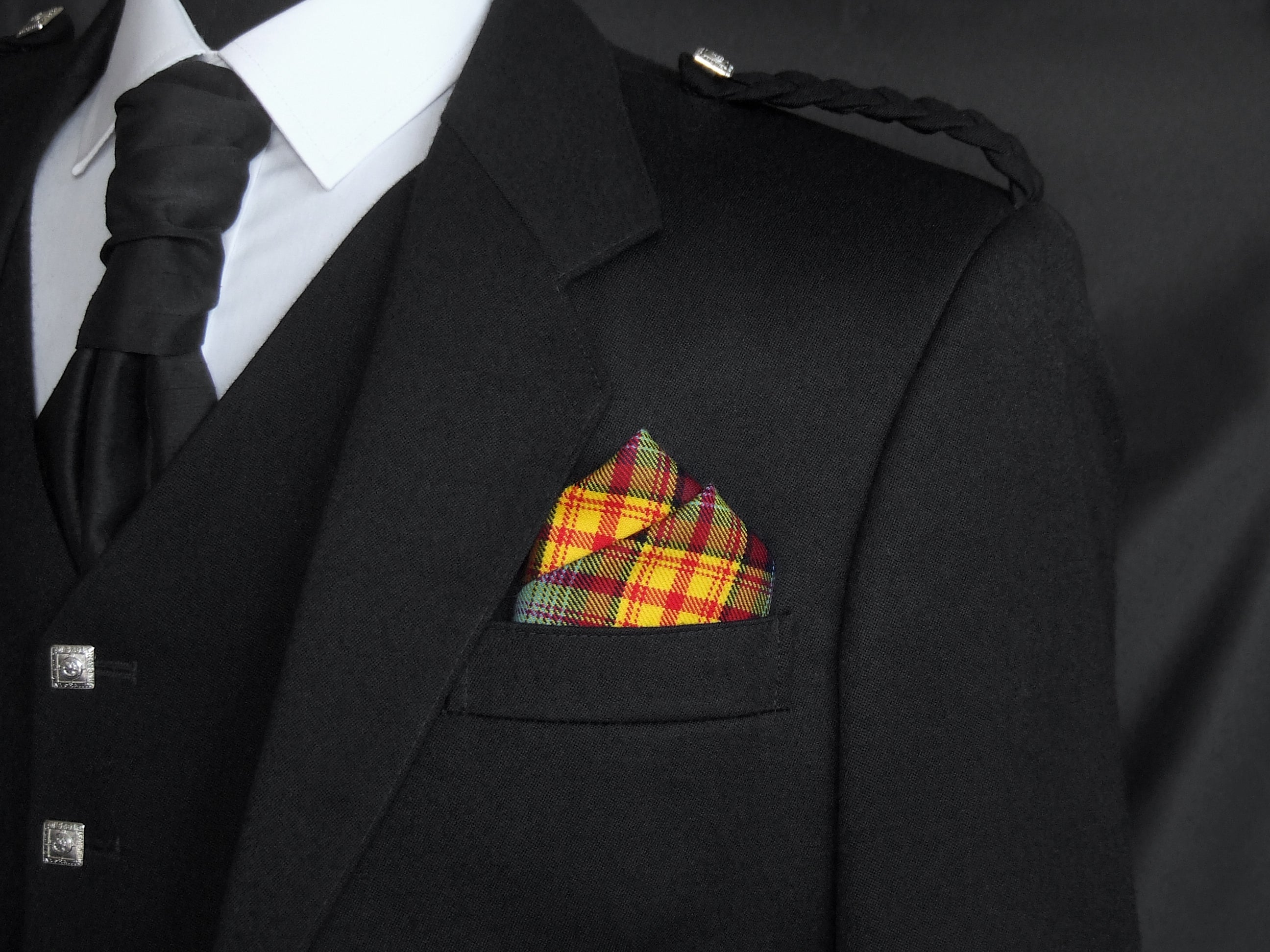The Declaration tartan pocket square with Lion Rampant design