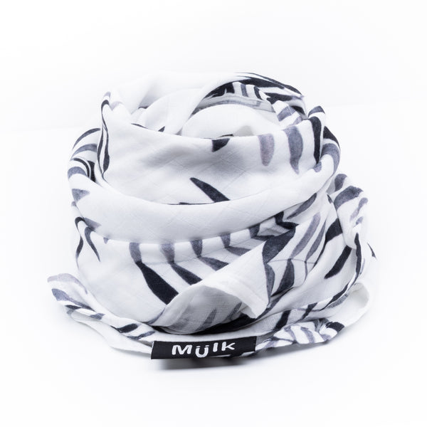 Black and White Leaf Muslin