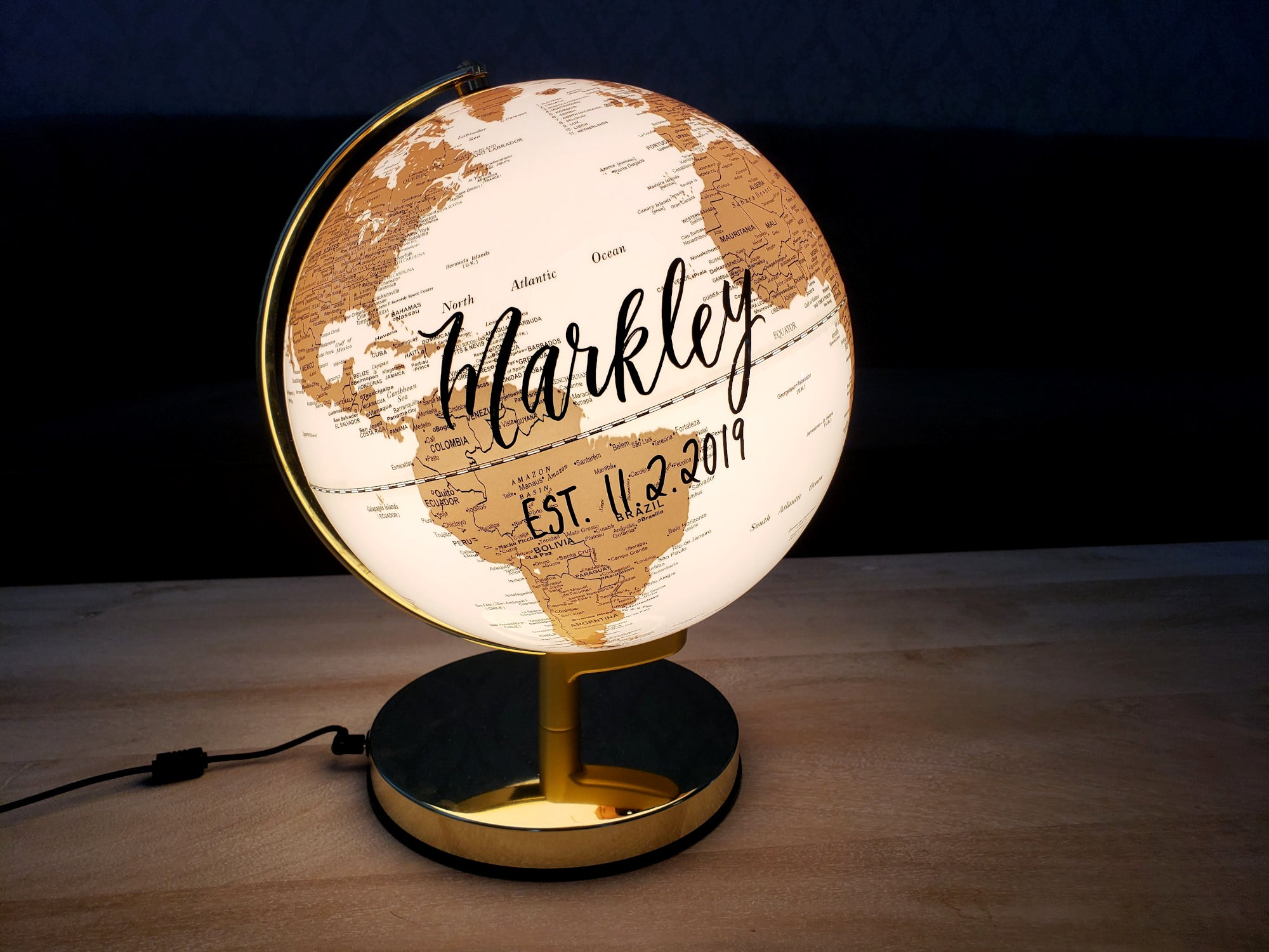 "10"" Light Up Globe"
