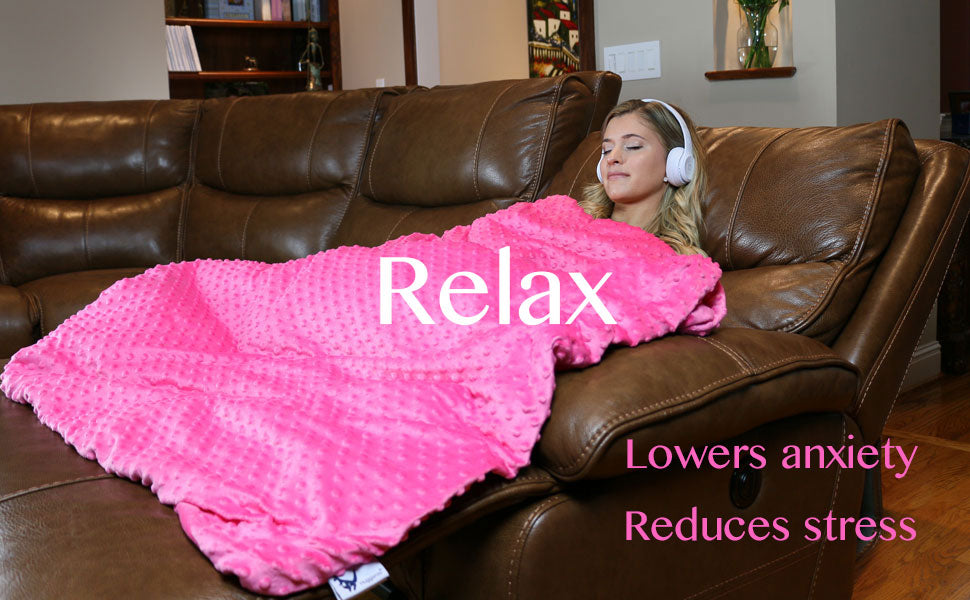 Lower your stress and anxiety with the help of a huggaroo weighted blanket