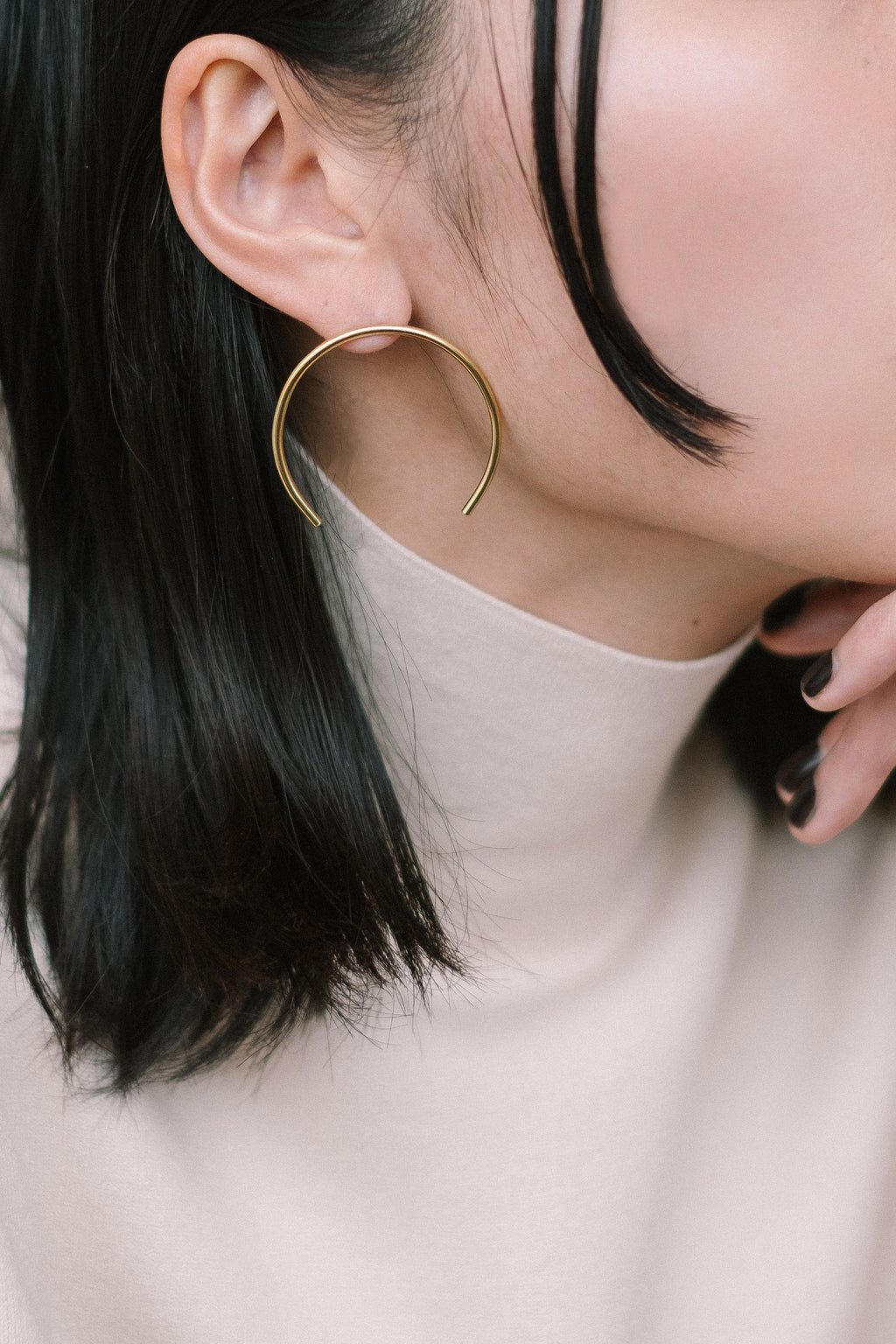 C earrings N°3