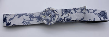 Womens white /Blue VTG Inspired Flower Power Belt Size large