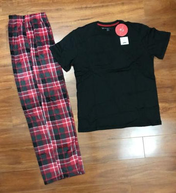 Karen Neuburger Mens Mens Buffalo Plaid Fleece Tee & Pajama Bottoms.