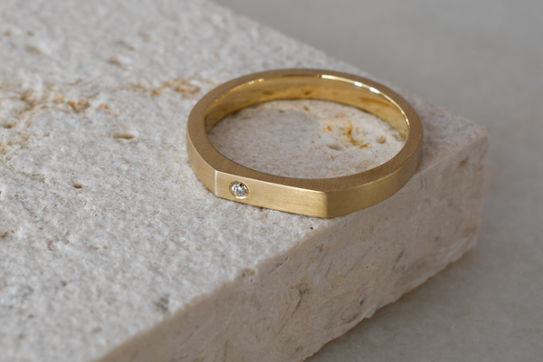 Signet style recycled gold ring with lab-grown diamond