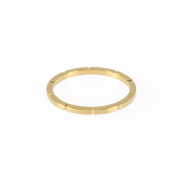 Eco-friendly gold ring. This artisan crafted Notch Ring is handmade in Cape Town in recycled gold from e-waste.