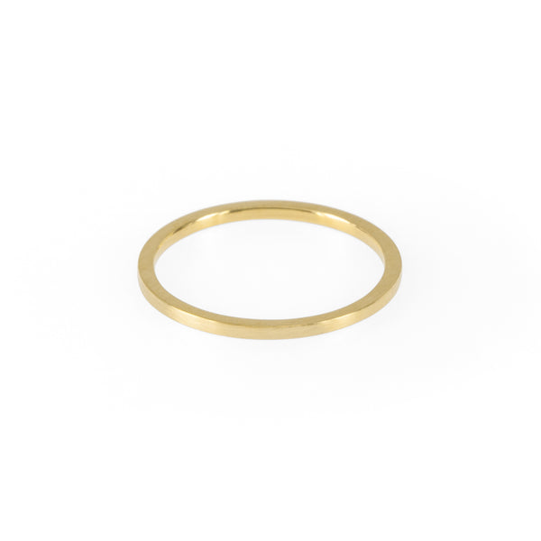 Sustainable gold ring. This ethical Simple Band is handmade in Cape Town in recycled gold from e-waste.