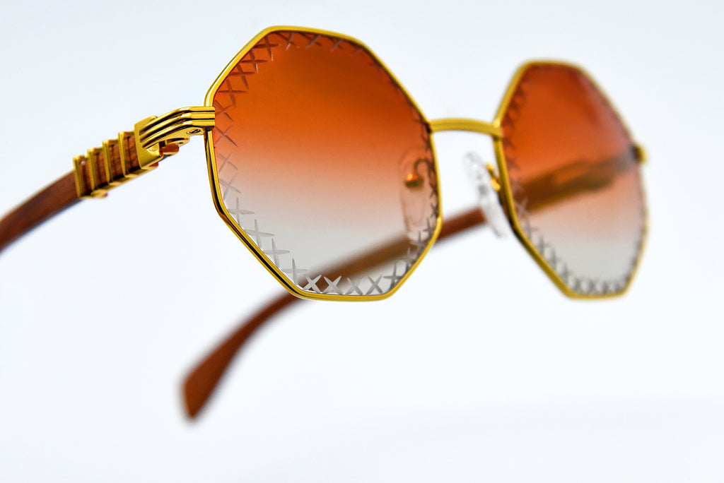 Cherry Red Fade Tint - Flash Gold Mirror - Diamond Cut Lenses - DaVinci