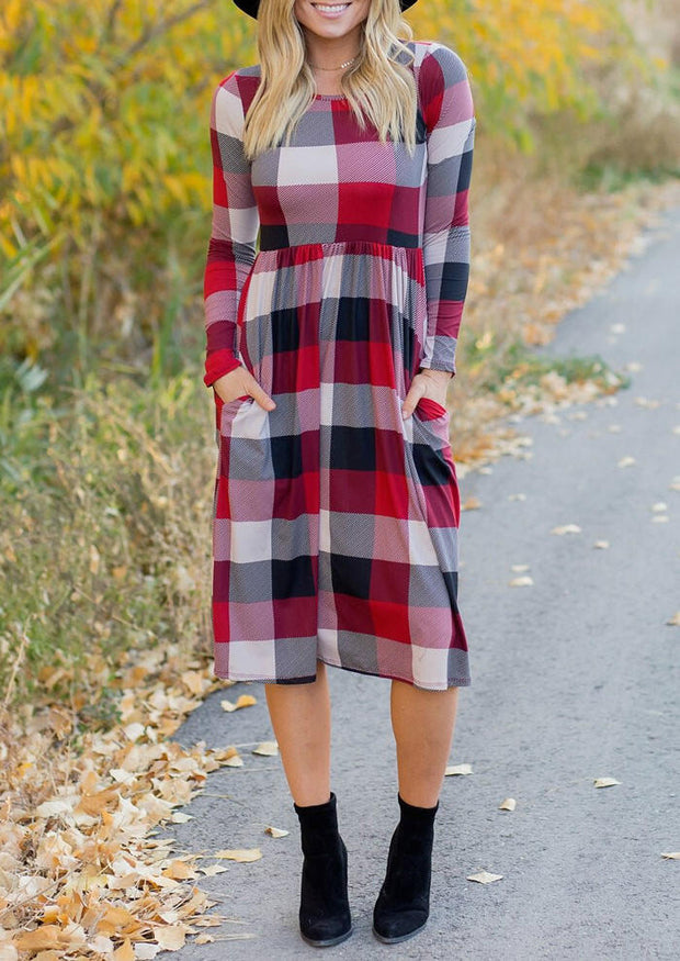 Plaid Splicing O-Neck Pocket Casual Dress without Necklace - Red