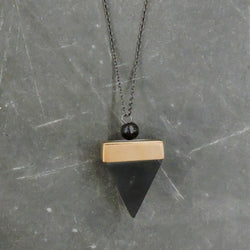 Vic Necklace Black