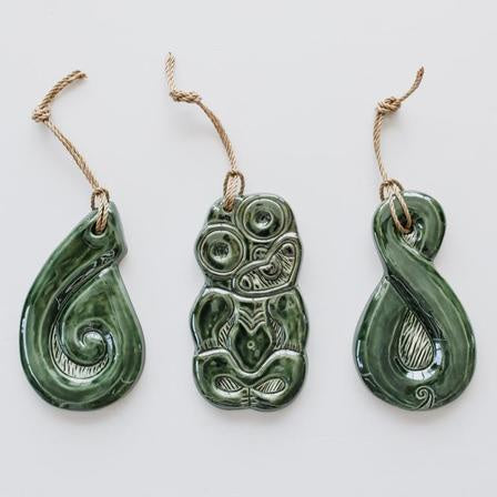 Pounamu Sculptures Set/3