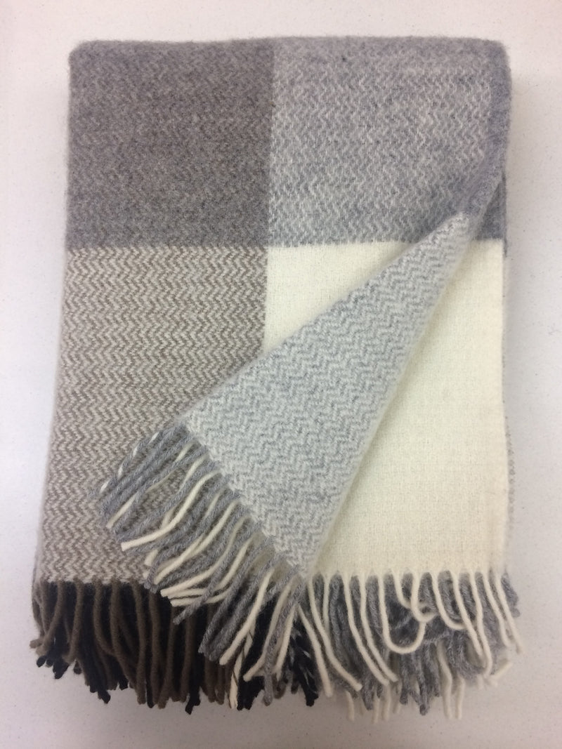 Throw 100% Lambs Wool - Inez Grey