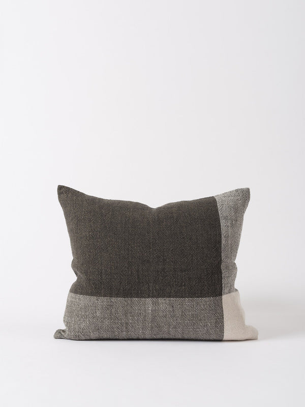 Chester Linen Cushion Cover Pepper/Chalk 55x45cm
