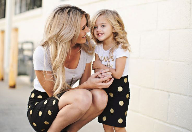 Mommies and Daughter Matching Outfit Tips & Tricks