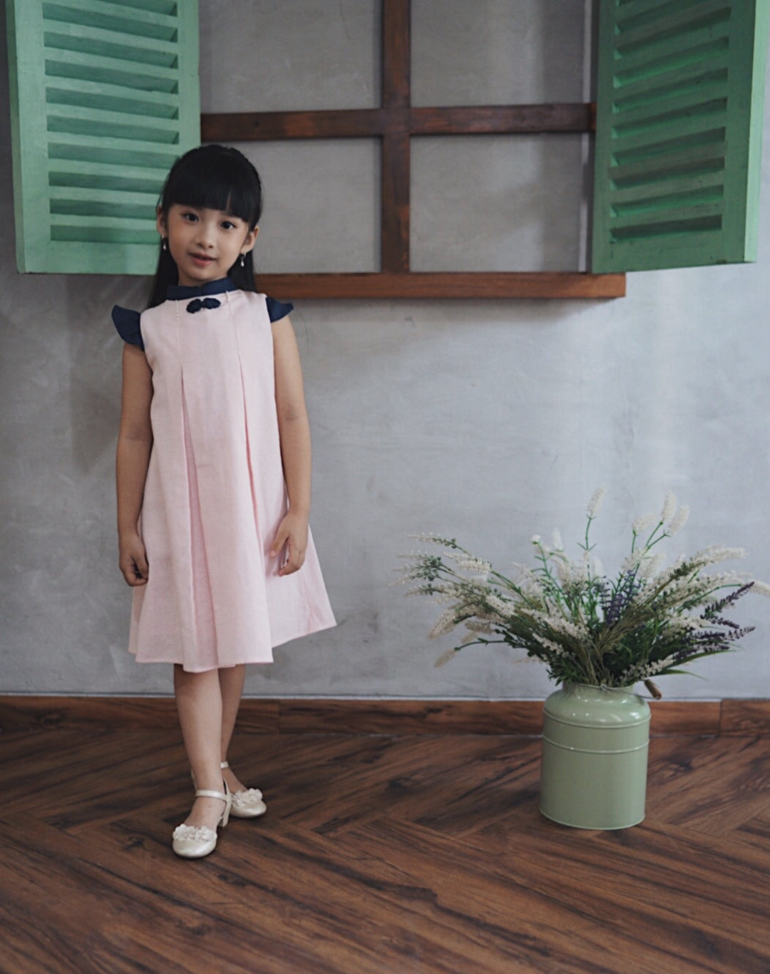 Peony dress in Baby Pink