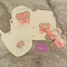 Load image into Gallery viewer, Princess baby grow set in pink with out shoes