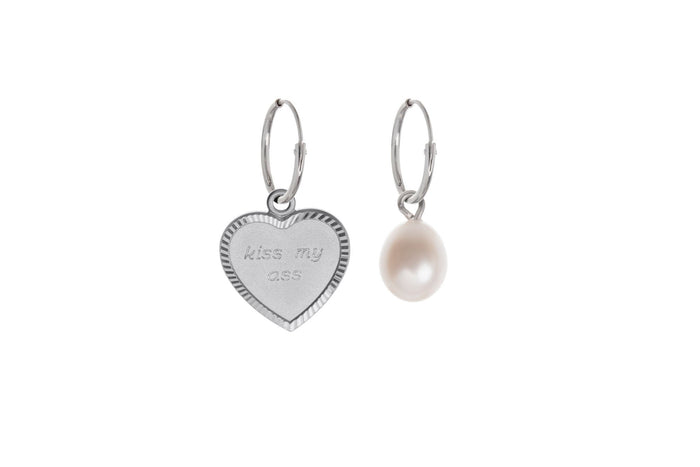 Jasmien Witvrouwen - Kiss my Ass (pearl) – Earrings – SOLD OUT