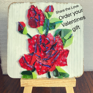 Mosaic Red Roses - Mini