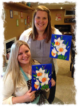 Load image into Gallery viewer, daffodil - adult classes - Take a group class in our West chester Pa studio. You pick the design we do all the work. Cost vary based on products used.
