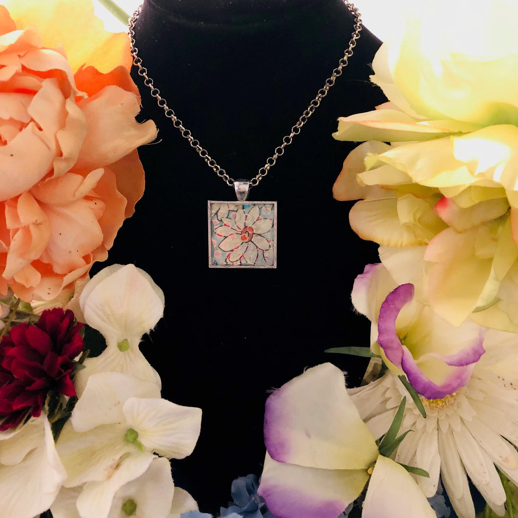 Daisy flower mosaic jewelry with polka dots