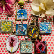 Load image into Gallery viewer, Daisy Mosaic Jewelry