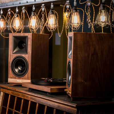 Klipsch Heritage The Sixes Wireless Active Bluetooth Speakers with turntable