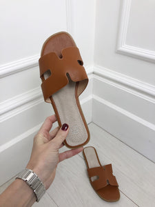 The Monaco Sandals in Tan