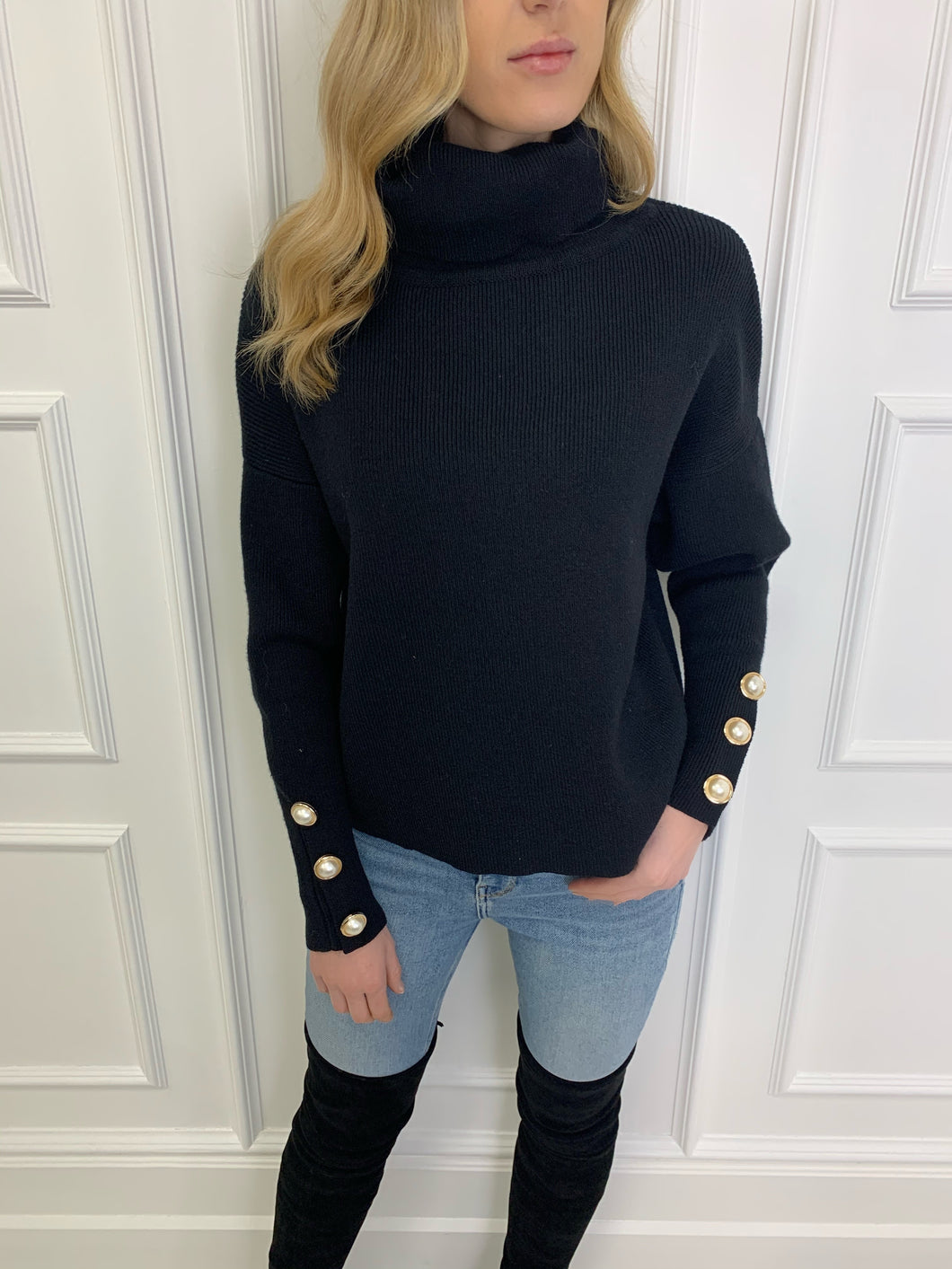 The Louisa Chunky Knit in Black