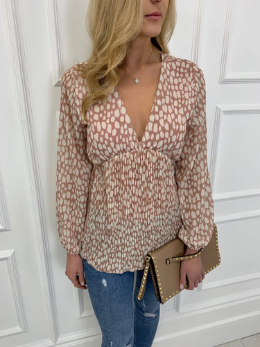 The Willow Blouse in Nude