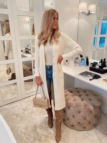 The Leiah Cardi in Cream