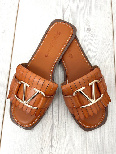 The Val Sandals in Tan